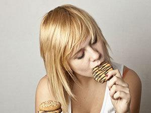 3 razones por que comes en exceso
